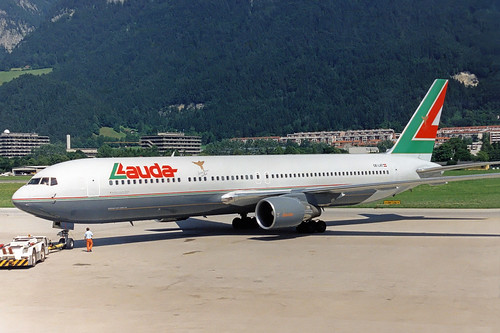 Lauda Italy Boeing 767-31A(ER) OE-LAT