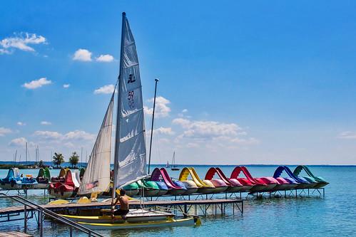 Let's sailing away 💕⛵