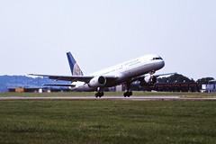 N18112 Boeing 757 Continental LTN 04-09-99