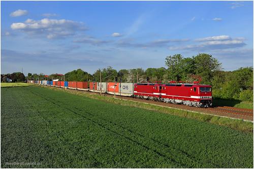 243 864-6+243 179-9 Delta Rail