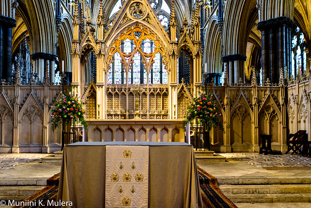 Lincoln Cathedral - Altar