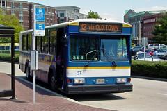 DASH bus 37