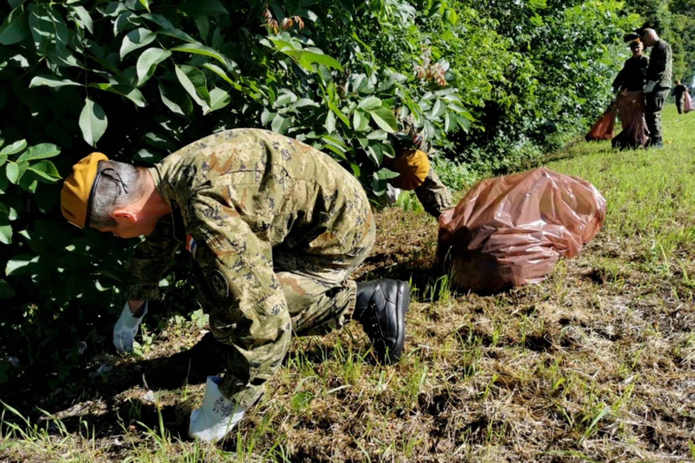Pripadnici Gombr-e proveli akciju čišćenja Dravske šume u Varaždinu