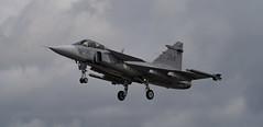 Landing Saab
