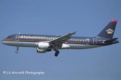 JY-AYB_A320_Royal Jordanian_-