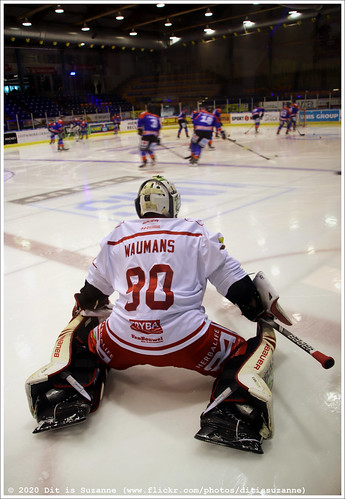 Preparing for the game UNIS Flyers vs HYC Herentals