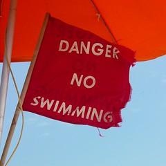 Surf warning flag [02]