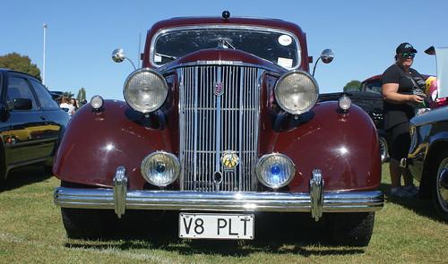 1948 Ford Pilot V8 (1)