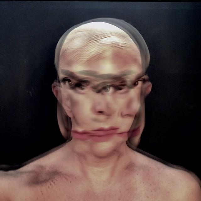 2018 - Selfiescultura - LILI- Fause Haten