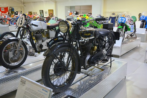 1934 Triumph 350cc Model 3-2 Motorcycle (3)