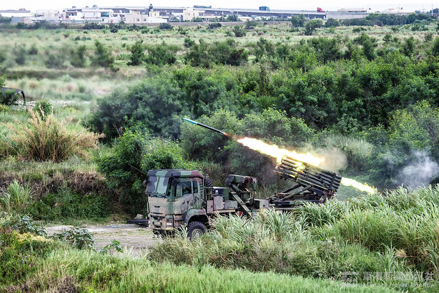 國軍第五作戰區三軍聯合反登陸作戰實彈操演任務訓練20200709