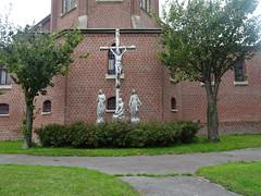 Godewaersvelde (Nord, Fr) église, statues du calvaire 2020