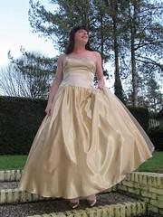 Super satin skirt