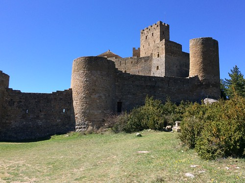 089 Loarre muralles