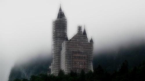Neuschwanstein im Nebel