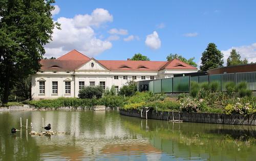 Bad Kösen: Kurmittelhaus und kösalina Kurmittelzentrum Bad Kösen im Kurpark