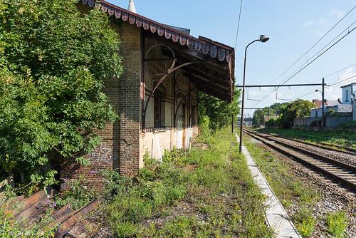 Gare de Cuesmes-Etat (HS)  Hangar aux marchandises  L96/L109