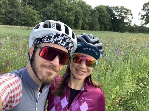 Two rides in one day! A 32km morning ride with Monica visiting Zuidlaren and a 77km solo ride in the afternoon. Great cycling day 😁🚴♂️💨