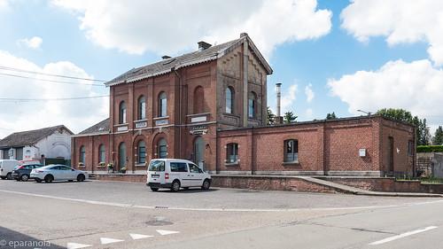 Gare d'Estinnes (HS) côté rue L109
