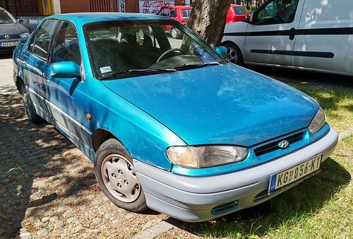 1994 Hyundai Lantra GL