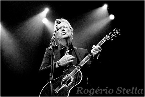 Gerry Beckley - America