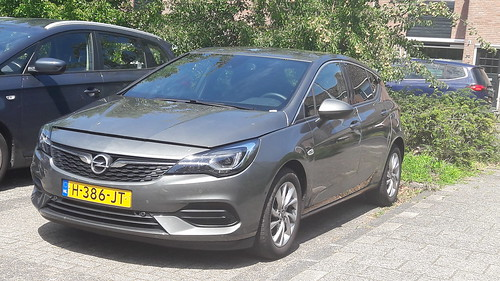 The new - very temporary - set of wheels Feb 2020 Opel Astra