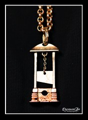 Mum's Gold Guillotine Necklace & Chain