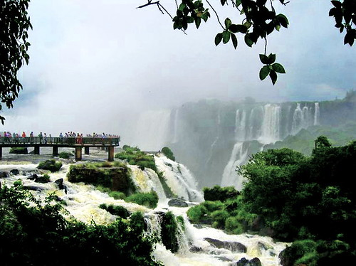 Surrounded by the thundering Iguazú Falls (+2)