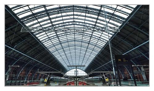 Symmetry in St Pancras