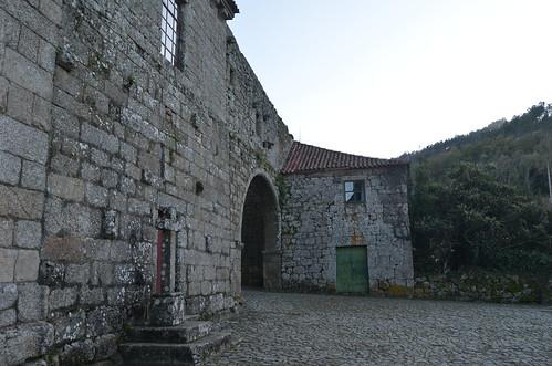 Mosteiro de Santa Maria de Cárquere VI