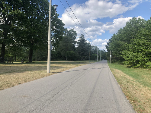 The most boring stretch of road on Toronto Islands