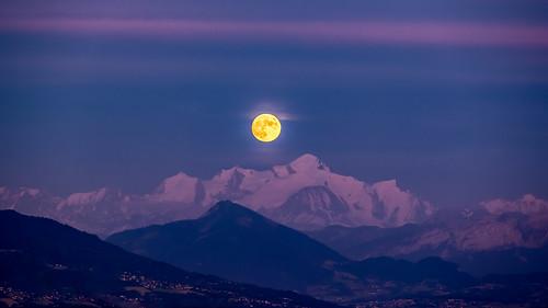 🎶🎶🎵 « Le soleil a rendez-vous avec la lune » 🎵🎶🎶