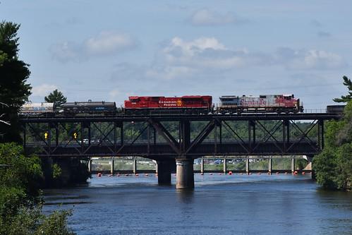 Bonnet on the bridge