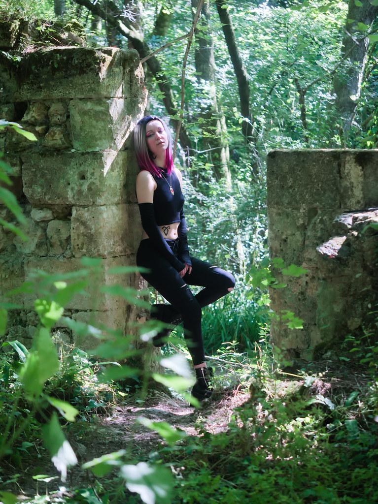 related image - Shooting Shadowhunters - Omoroca - Domaine de la Burthe - Bordeaux -2020-07-13- P2188029