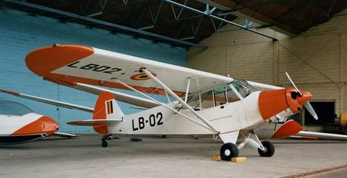 LB-02 Piper L-21B Super Cub Belgian Air Force at Oostmalle / Kamen 010588