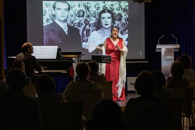 Photo:Conferencia recital sobre 'Lorca y el pueblo' en Huelva (3) By fundacioncajasol