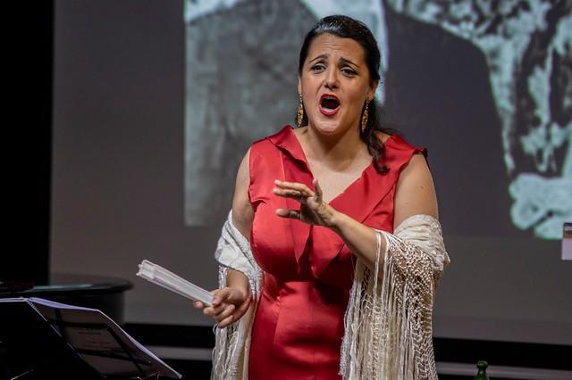 Photo:Conferencia recital sobre 'Lorca y el pueblo' en Huelva (2) By fundacioncajasol