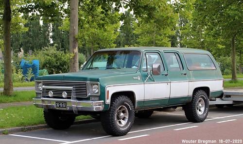 Chevrolet Suburban Silverado 1975