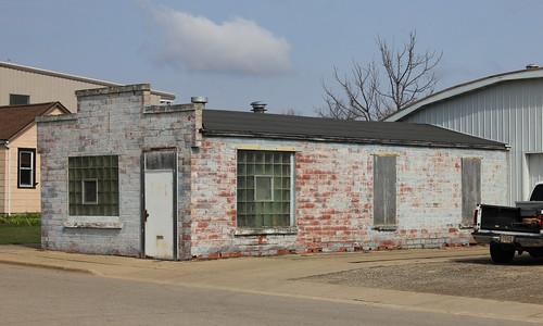 Commercial Building - Deerfield, WI