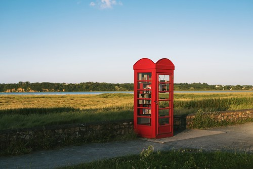 Red phone box library [EXPLORED]