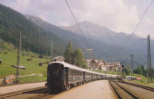 3rd August 1992.  1044 071-7 with the Orient Express leaves St. Anton am Arlberg, Austria