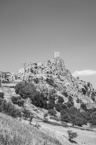 Craco - vista dalla strada di Montalbano Ionico