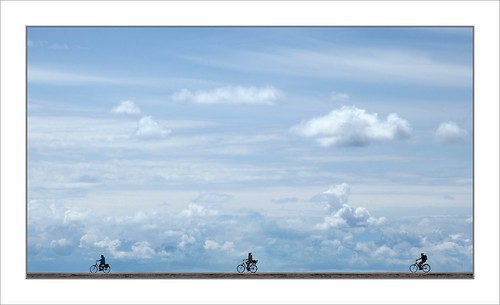 Cycling On The Dyke