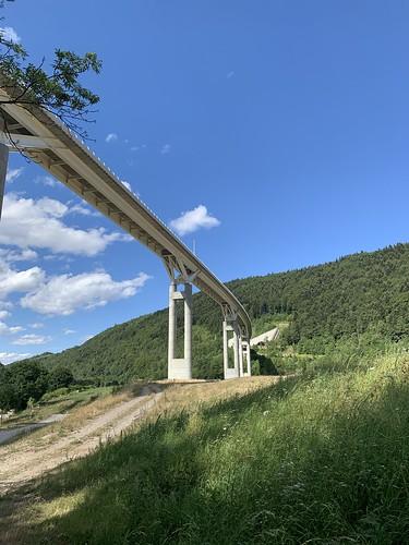 Pont d'autoroute