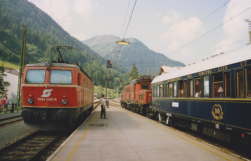3rd August 1992.  1044 080-8 alongside the Orient Express at St. Anton am Arlberg, Austria