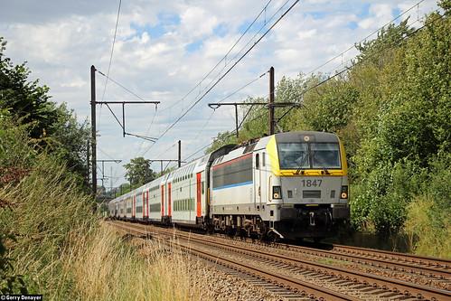 NMBS 1847 @ De Hoek (St-Genesius-Rode) (L124)