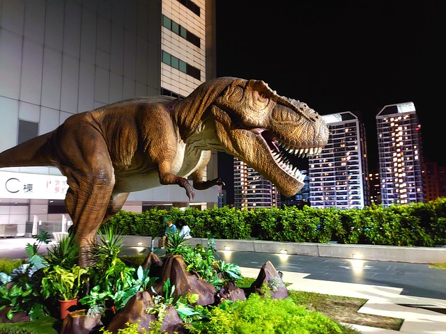南港Citylink的恐龍-台北市南港區-Dinosaur in Citylink shopping mall, Nangang. Taipei City, Taiwan