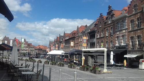 Tournai/Doornik, Grand' Place