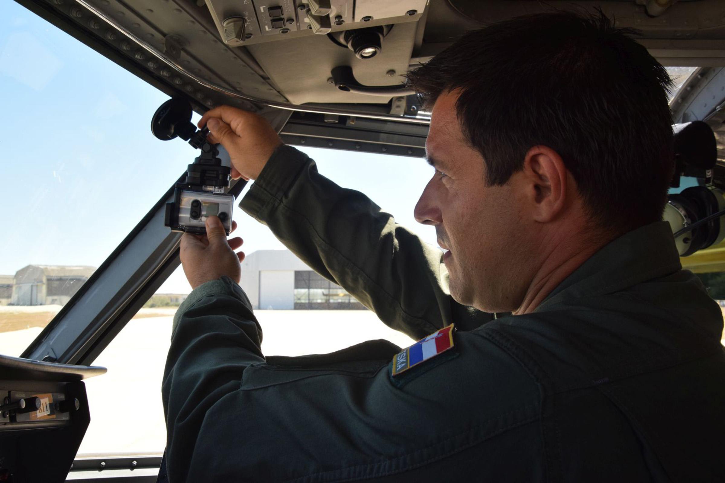 Video praćenje gašenja požara uživo iz protupožarnih aviona
