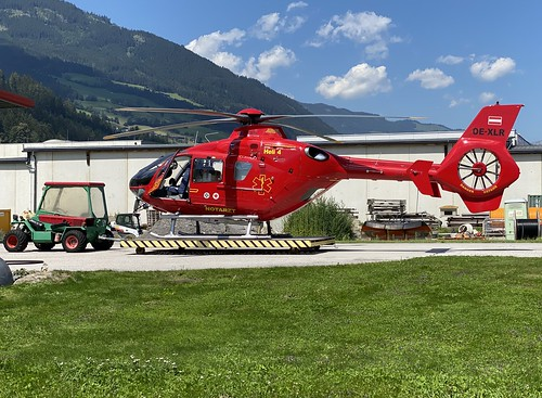 OE-XLR Schindler Helicopter Service EC-135
